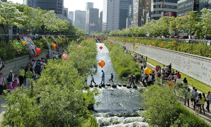 Cheonggyecheon once the highway had been removed and space made for the people