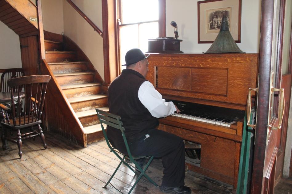 Matjiesfontein Piano Man